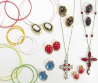 Jewellery and fashionable accessories